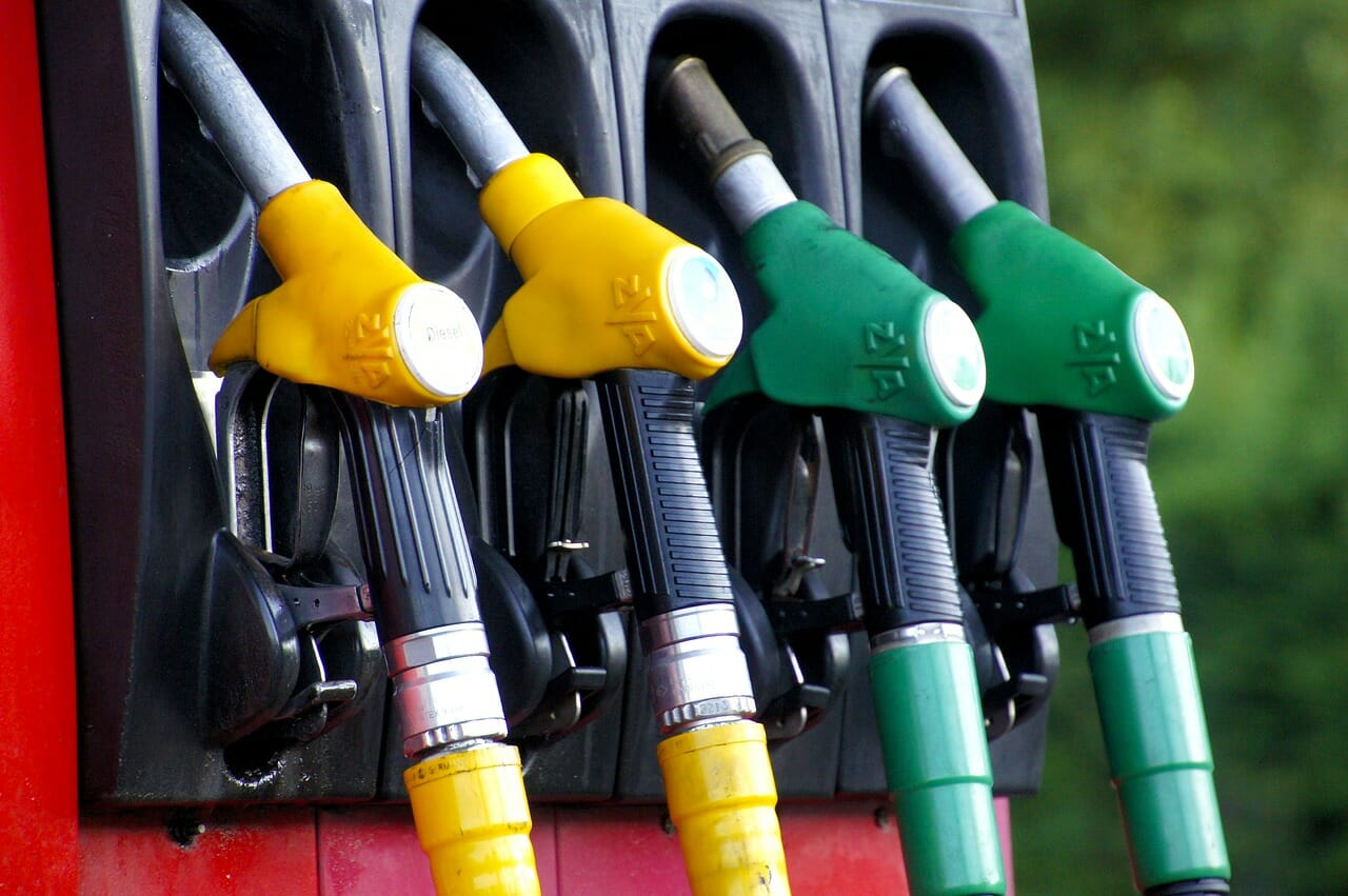 新型クロスビーの燃費は悪い?実燃費とカタログ燃費の違いを徹底調査
