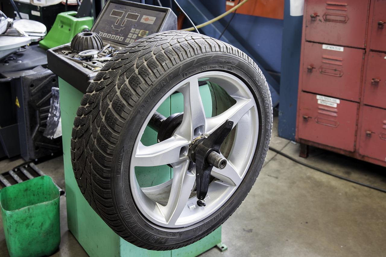 新型ワゴンRのタイヤ交換方法は?時期はいつ?値段(費用)はいくら?