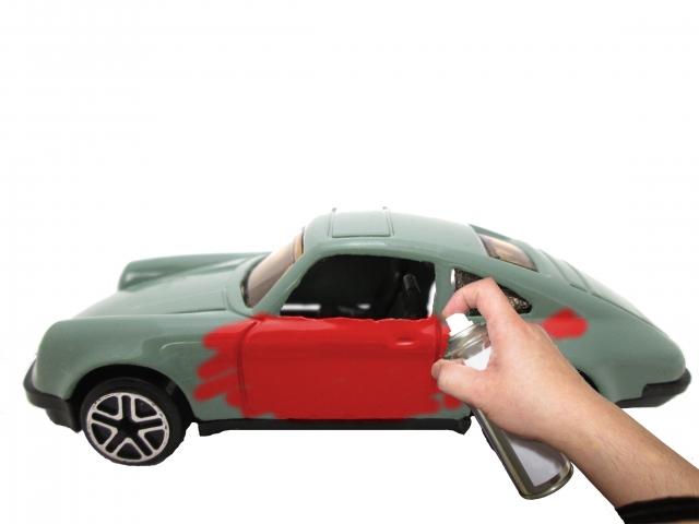 新型ランディの塗装方法・費用はいくら?自分でdiyすると安上がり?