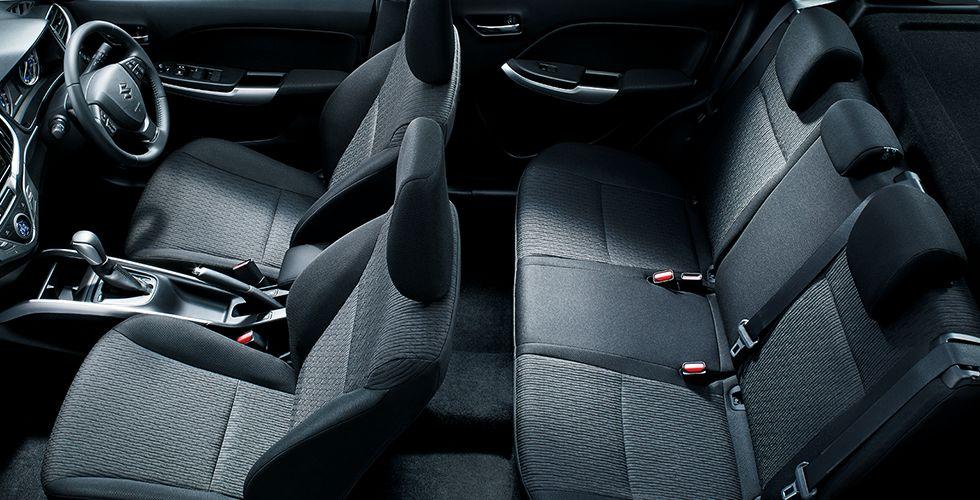 新型バレーノの乗り心地は快適?後部座席は大人の男性でも足を伸ばせる?