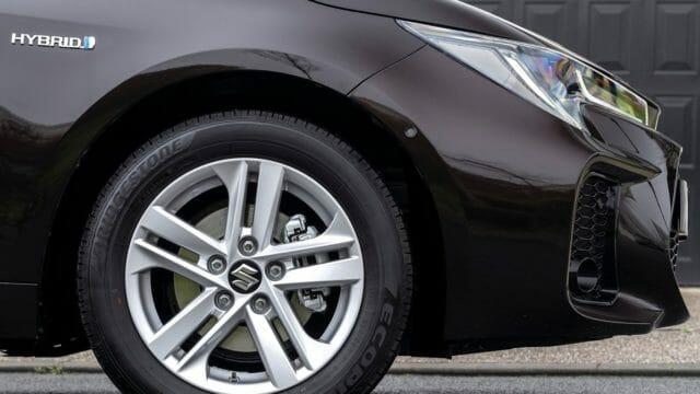 スズキが、スウェイスを欧州地域で販売開始!トヨタ車にそっくり!?トヨタとスズキの関係って?