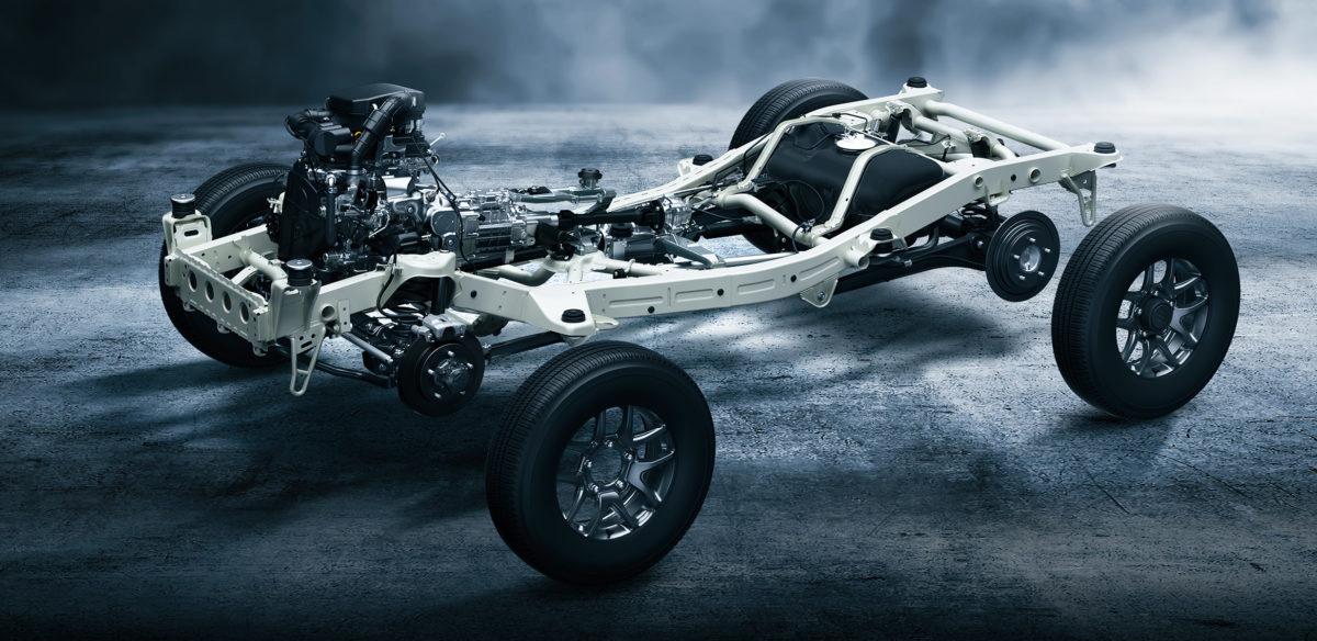 現行ジムニーと新型ハスラーの違いは?共にオフロードだけれど、フレーム、エンジン配置、サスペンションが全く違う!買うならどちら?